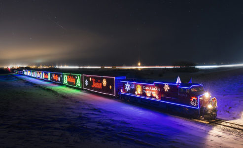 cp-holiday-train-2017-1-493x300