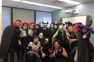 https://cdn.hellostudy.com.tw/wp-content/uploads/2016/04/Embassy-Halloween-300x200.jpg