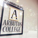 Arbutus College 艾彼坦斯學院 打工遊學
